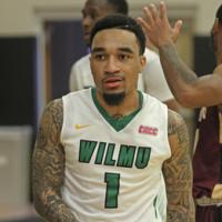 Wildcats Hang On To Win 72-69 Vs Dominican, Extend Winning Streak to Five Games